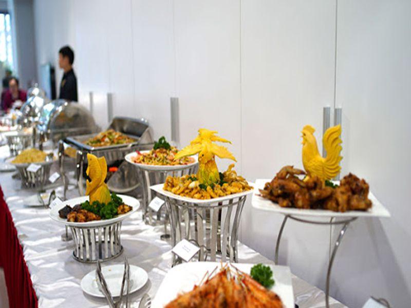 chi-ban-nhung-vat-dung-khong-the-thieu-trong-tiec-buffet_1603335090.jpg